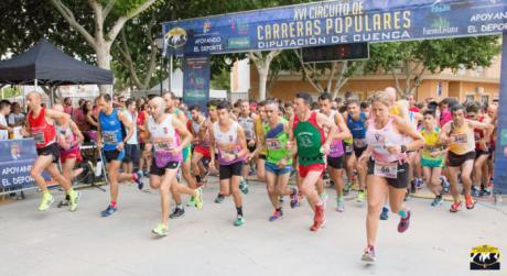 José Antonio Marín y Cristina Belmar se proclamaron vencedores de la XXXVI Carrera Popular 'Villa de Iniesta'