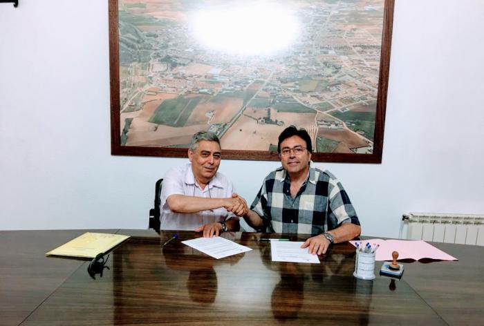 Firmado el convenio anual de colaboración para el desarrollo de las Fiestas Ntra. Sra. del Valle y San Agustín