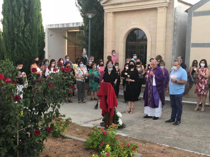 Quintanar del Rey homenajea a las personas fallecidas por la COVID-19 con un concierto y una placa en su memoria