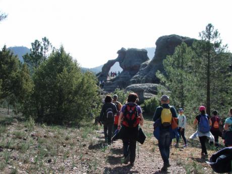 El Campus Diputación de Cuenca de Senderismo cosecha en Boniches un nuevo éxito con un centenar de participantes