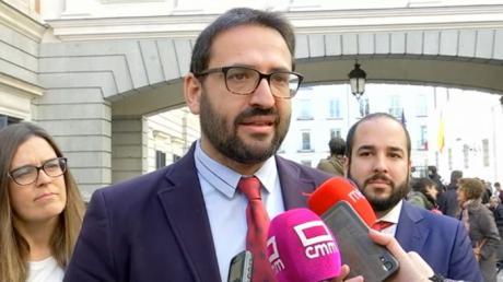 """Gutiérrez denuncia el """"escrache"""" del PP de C-LM: """"No solo roza lo inmoral, es lo contrario a lo que exigen los ciudadanos"""""""