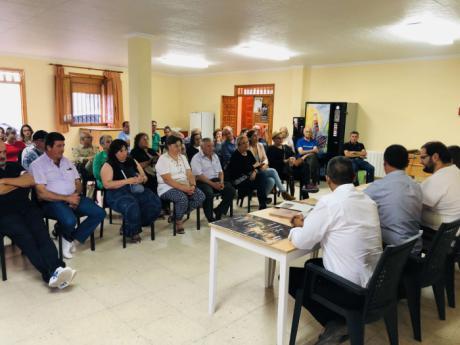 Vecinos de la Serranía Baja piden a la Diputación que no paralice la rehabilitación de estaciones del proyecto 'Serranía en Vía'