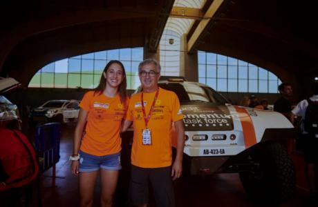 Manolo y Mónica Plaza, padre e hija, forman equipo para competir en el Dakar 2020