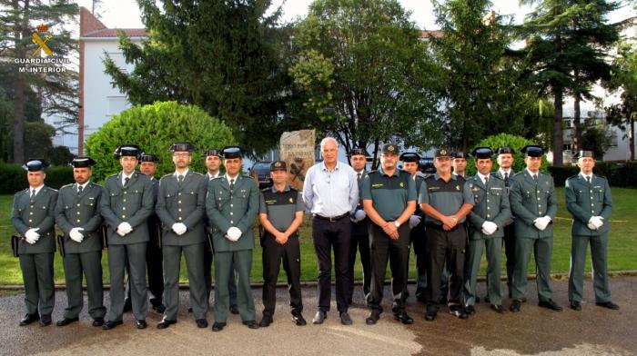El subdelegado del Gobierno da la bienvenida a los nuevos suboficiales que se incorporan a la Comandancia de la Guardia Civil