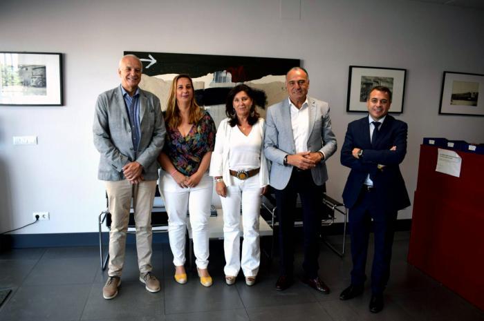 El subdelegado del Gobierno en Cuenca visita las instalaciones de Transportes Pocoví en Tarancón