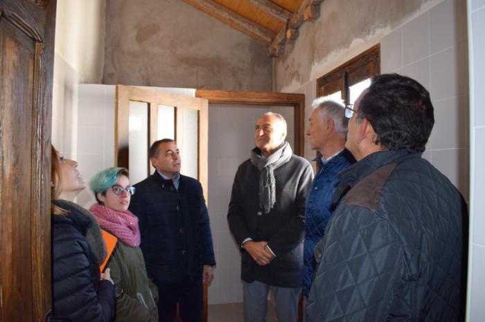 El taller de empleo puesto en marcha por el Gobierno regional en la Casa de Piedra en Tarancón ha permitido la contratación de diez personas