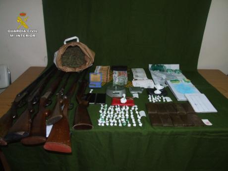 Desarticulado un punto de venta de drogas en Casas de Haro