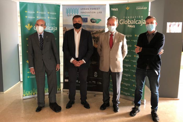 Globalcaja HXXII acerca las últimas tendencias empresariales a los alumnos de UFIL