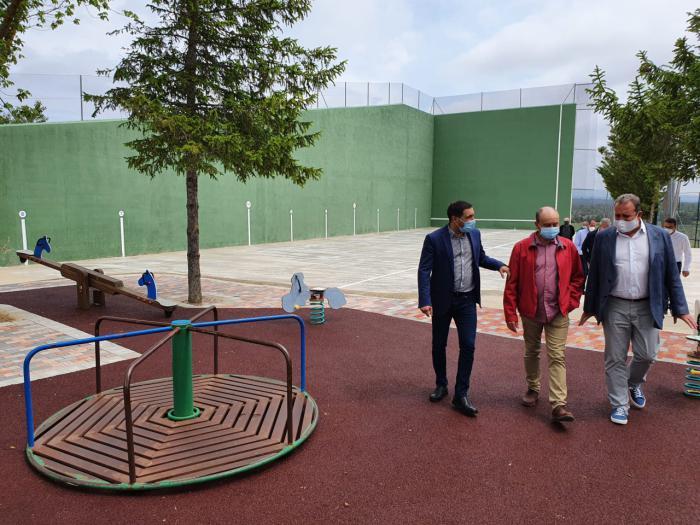 La Diputación invierte 15.000 euros en el arreglo de las pistas polideportivas de Fuentelespino de Moya