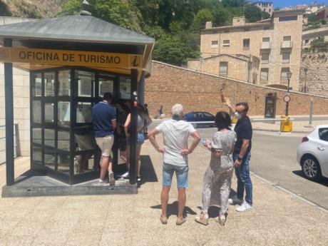 La Oficina Municipal de Turismo junto al Teatro Auditorio reabre sus puertas este verano