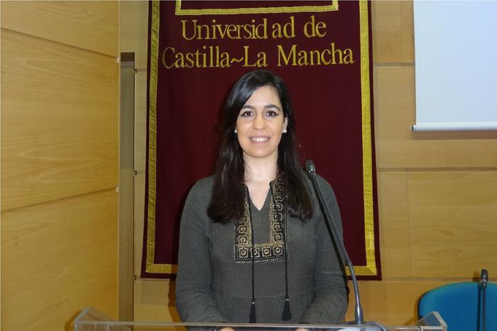 La profesora de la UCLM Virginia Sánchez consigue una beca de investigación sobre folclore del Ministerio de Cultura y Deportes
