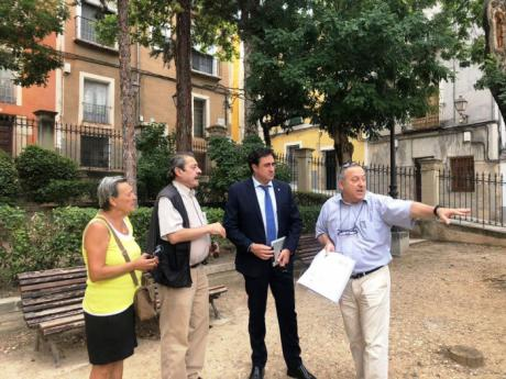 El alcalde visita el Jardinillo de El Salvador, cuyas obras de urbanización están en periodo de licitación