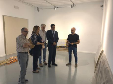 Continúan a buen ritmo los preparativos de la exposición 'Moldeados en Tierra, homenaje a Pedro Mercedes'