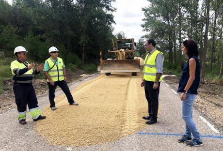 A buen ritmo las obras de mejora de la carretera CUV-5003 entre Salvacañete y El Cubillo