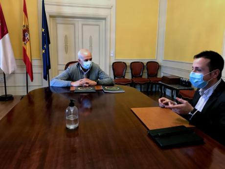 El subdelegado del Gobierno en Cuenca recibe al director de Relaciones Externas de Mercadona para la Comunidad de Madrid y Cuenca