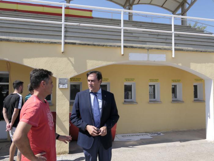 Mariscal visita el recinto hípico que acogerá la 63ª edición del Concurso Hípico Nacional de San Julián