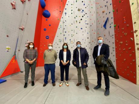 El Gobierno de Aragón se interesa por el funcionamiento del Centro Deportivo de Espeleología y Montaña de Chillarón