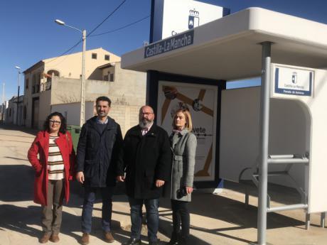 Se renuevan las marquesinas en paradas de autobuses interurbanos de doce municipios de la provincia esta legislatura