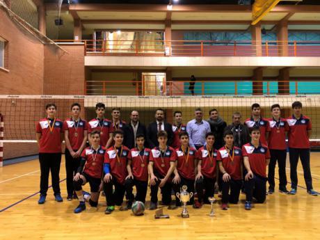 El Gobierno regional felicita al equipo cadete masculino del Club Voleibol Hervás, que recientemente consiguió el Campeonato de la Copa de España 2017