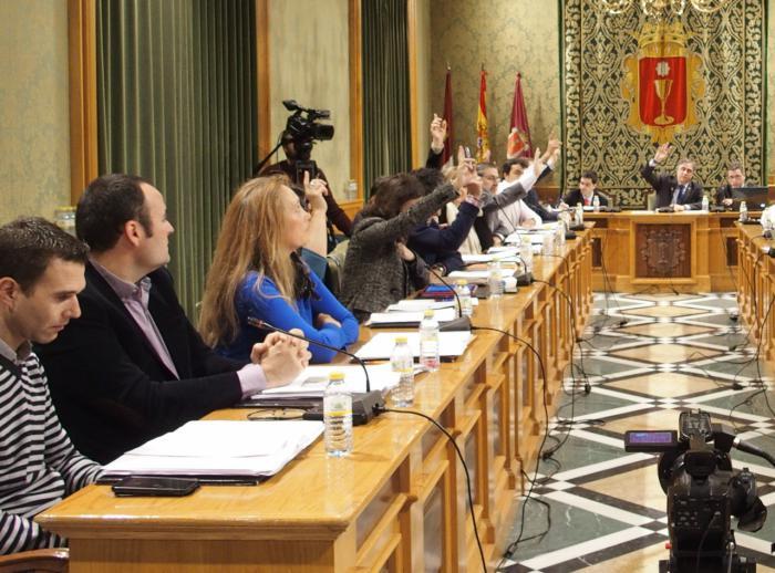 Para el PP, 'Ciudadanos ha dado un navajazo a las ruedas del empleo y desarrollo de Cuenca'