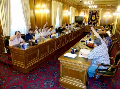 Diputación solicitará al Gobierno central y a la Junta medidas correctoras contra la contaminación del río Júcar