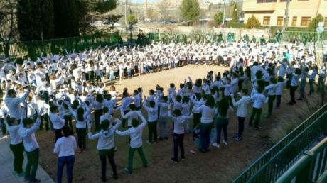 Día escolar de la Paz y la no violencia en el colegio de Santa Ana