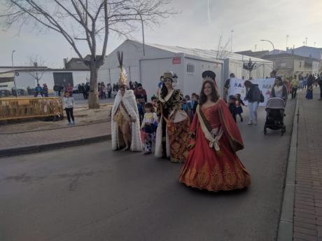 El desfile infantil de Carnaval ilumina las calles de Mota del Cuervo