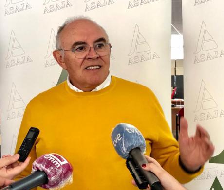 """Fresneda denuncia la situación de """"caos"""" que está provocando los precios del cereal """"más bajos de la historia"""""""