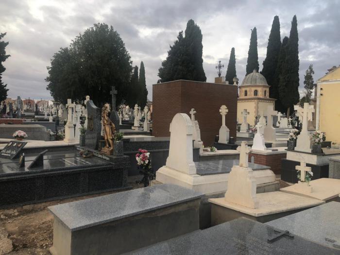 Mota del Cuervo establece medidas de seguridad sanitarias en el Cementerio con motivo del día de Todos los Santos