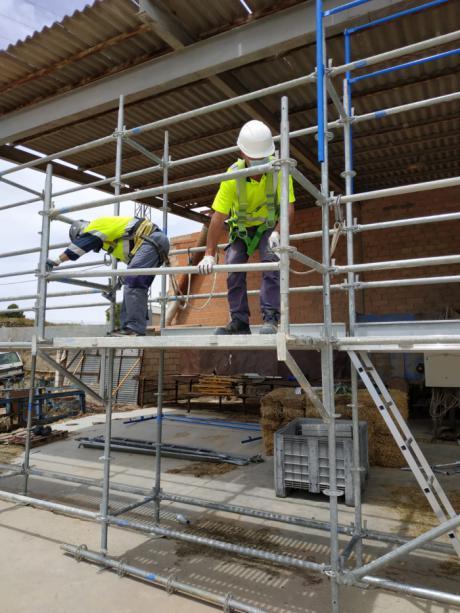 CEOE CEPYME y ACEM han desarrollado un curso de montaje y desmontaje de andamios
