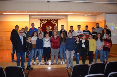 La UCLM entrega las distinciones a los ganadores del XXVIII Premio Rector en el Campus de Cuenca