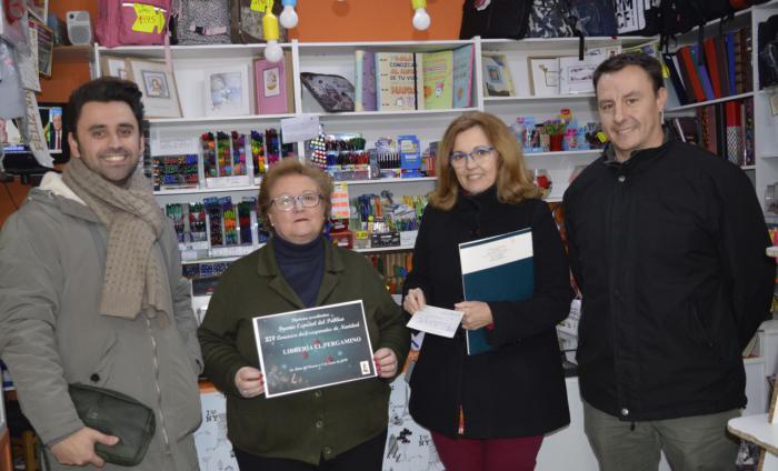 Entrega de premios a los ganadores del XIV concurso de escaparates navideños