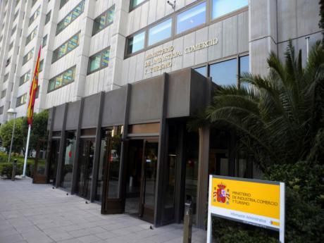 Los Gobiernos de España y Castilla-La Mancha lamentan y expresan su rechazo al anuncio de Siemens-Gamesa de cerrar su planta de Cuenca