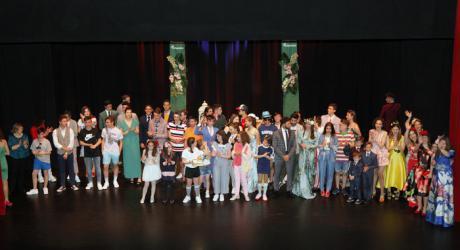 ACESANC reúne a cerca de 400 personas en el desfile de presentación de la temporada de primavera-verano