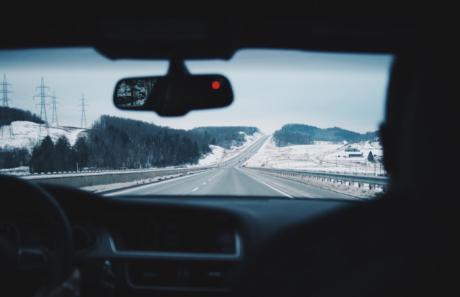 4 consejos básicos para reducir el riesgo de accidente de coche este verano