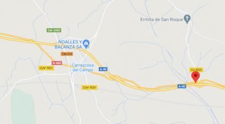 Tres heridos en una colisión de dos vehículos en Carrascosa del Campo