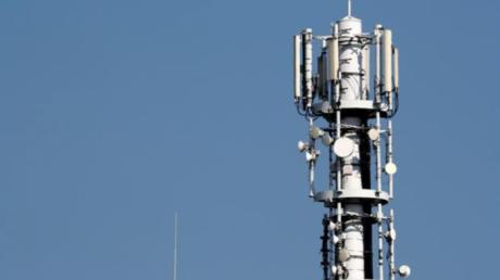 Orange vendió a un vecino de Zarza de Tajo una tarifa de voz y datos móviles para utilizar en su casa pese a que no tenía cobertura
