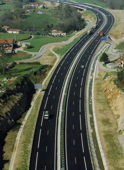 Castilla-La Mancha reclama al ministro de Fomento que dote de presupuesto a la Autovía de La Alcarria