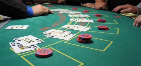 Estrategia y genialidad en el juego de blackjack
