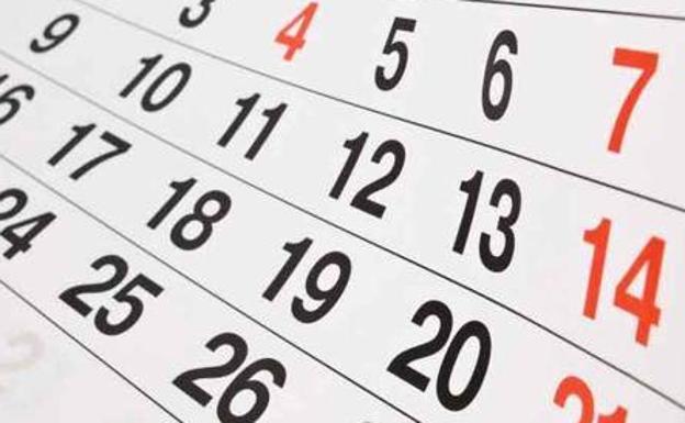 Se aprueba el calendario laboral con los 12 festivos para el próximo año, incluyendo el Corpus Christi y el Día de la Región