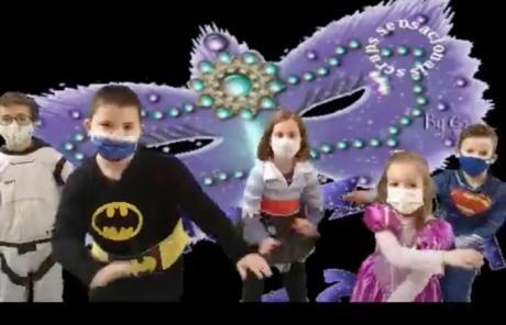 El colegio 'Ciudad Encantada' celebra los carnavales a ritmo de Georgie Dann