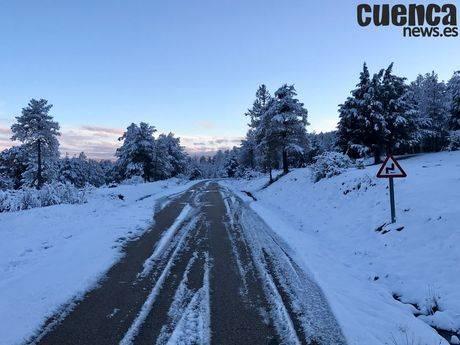 El dispositivo invernal de Diputación ha actuado por la nieve en 24 tramos de 19 carreteras de la Red Viaria Provincial