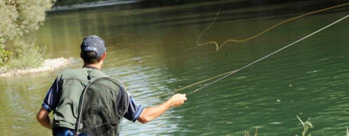 Rechazo de los pescadores de Cuenca por la eliminación de los días de pesca en los cotos