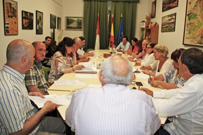 La Junta Directiva de CEDER Alcarria Conquense aprueba cinco nuevos proyectos LEADER que mejorarán los servicios básicos de la comarca