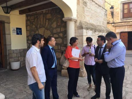 Visita de la Consejera de Economía y Empleo, Patricia Franco, a Mota del Cuervo
