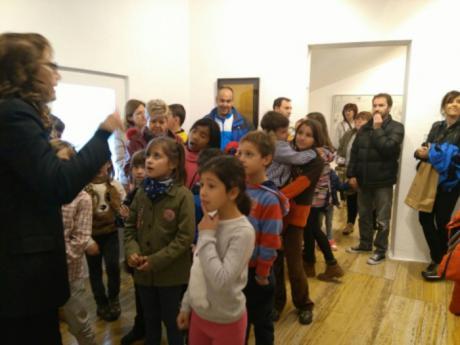 El CRA Elena Fortún de Villar de Olalla y el Museo de Arte Abstracto Español ofrecen una escuela artística para padres y madres dentro de su proyecto Erasmus+