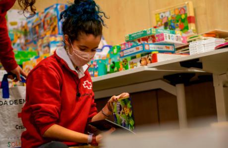 Cruz Roja Juventud recoge 1.200 juguetes para 400 niños y niñas vulnerables