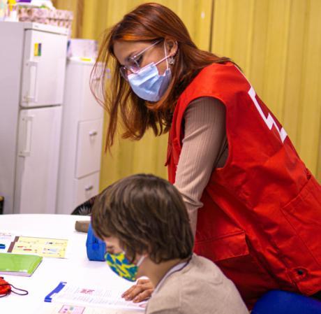 Cruz Roja en Cuenca utilizará los 25.363 euros de la donación de UNESPA para luchar contra los efectos de la pandemia