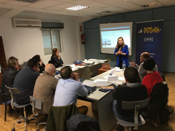 Empresarios de El Provencio se forman en comunicación eficaz con CEOE CEPYME y UNICO