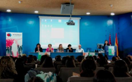 La Fundación Globalcaja, con la Asociación de Alzheimer en las II Jornadas Profesionales sobre esta enfermedad